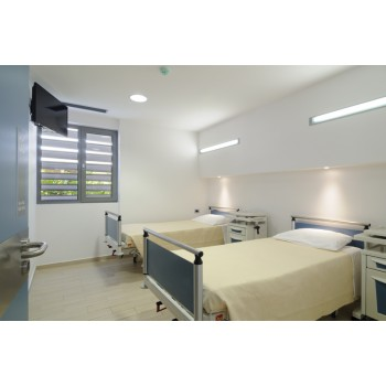 ΔΙΚΛΙΝΟΣ ΘΑΛΑΜΟΣ ΝΟΣΗΛΕΙΑΣ Οι χώροι μας Νευροψυχιατρική Κλινική - panagiagrigorousa.gr